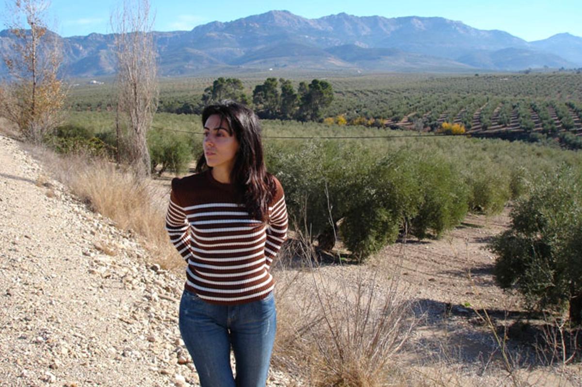 Poet | Translator RaquelLanseros